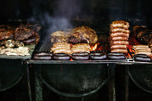 How to Throw an Extraordinary Summer BBQ