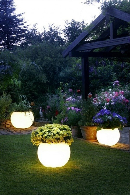 4 Backyard DIYs You Need to Try - Glowing Pots